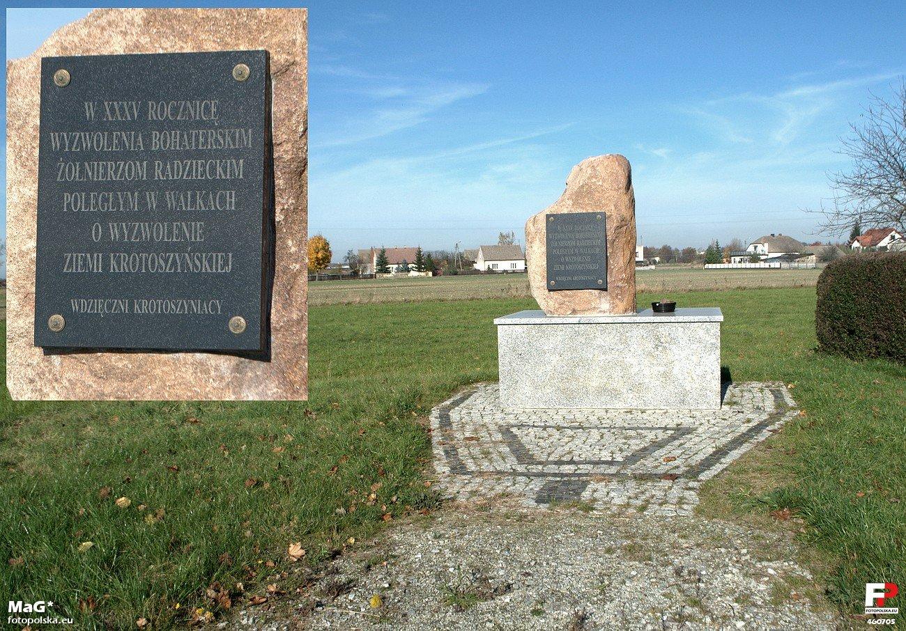 Pomnik Wdzięczności Armii Czerwonej w Biadkach